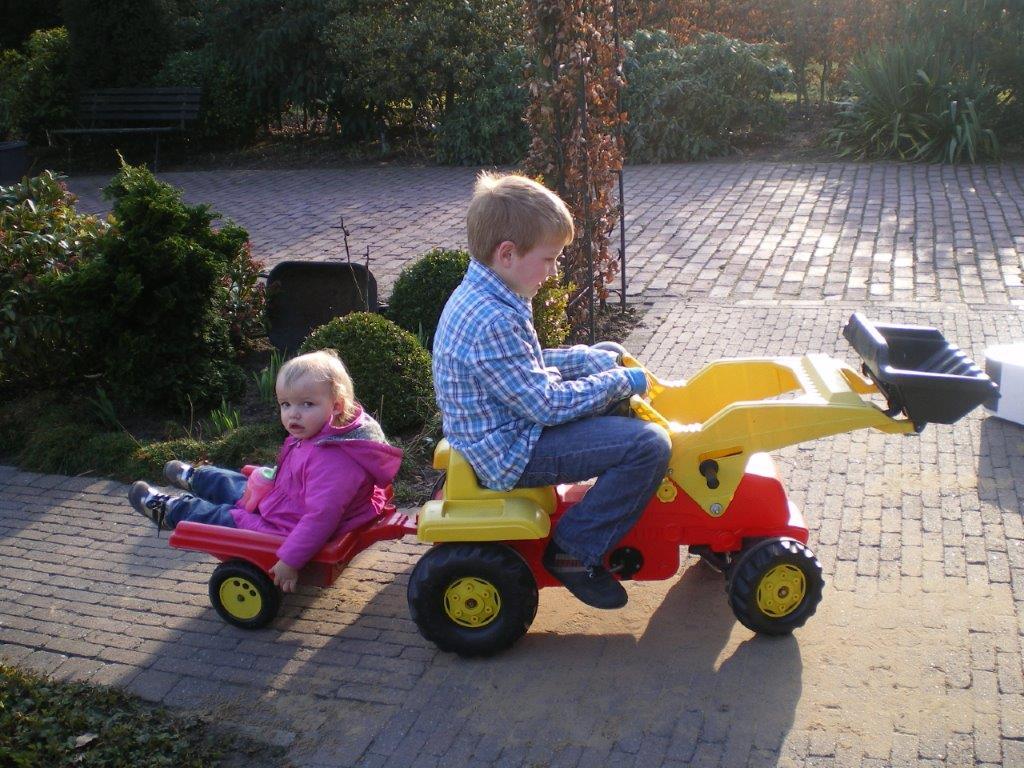 samen op de tractor2